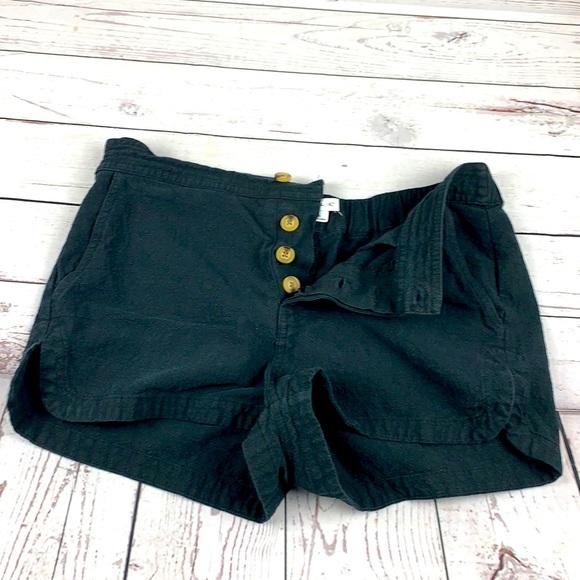 O'Neil black women's short  shorts size M